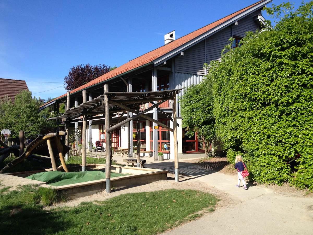Die Kindertagesstätte St. Christophorus im Sommer.
